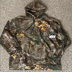 Realtree camo hunting hoodie new with tags